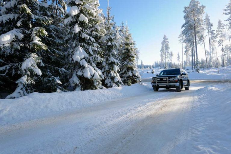 10 Things To Do If You're In A Winter Car Crash!