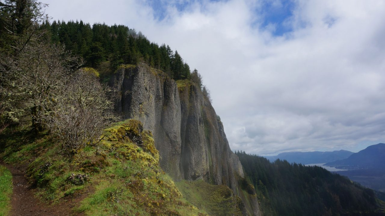 Vancouver chiropractor that helps you to get hiking again